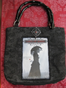 lady-of-ashes-purse